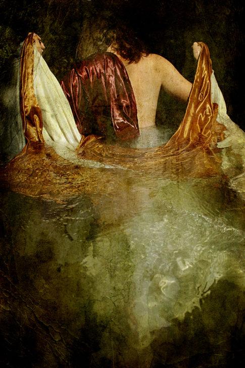 photo art recompense femme dos eau